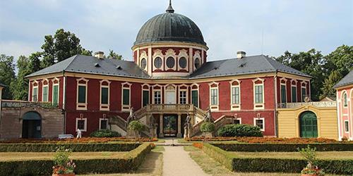 Zámek Veltrusy - barokní sídlo rodu Chotků